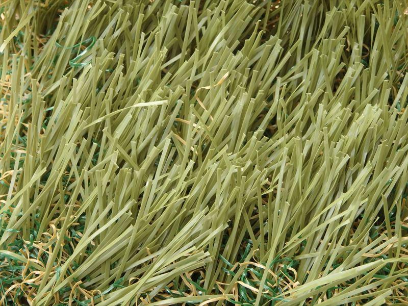 メーカーが出している耐熱性を高めた人工芝
